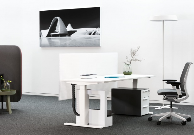 Lightwall_desk_27_hintertisch_3